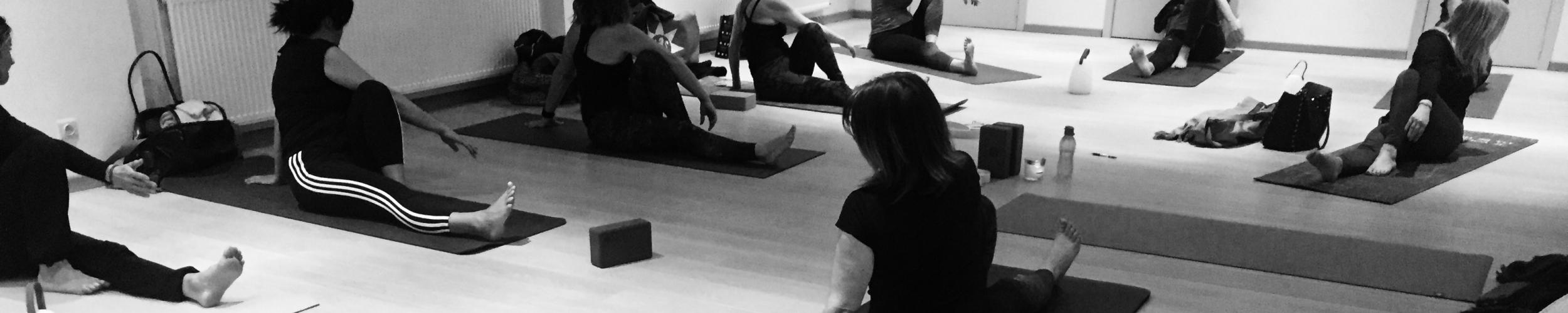 Yoga In Groep